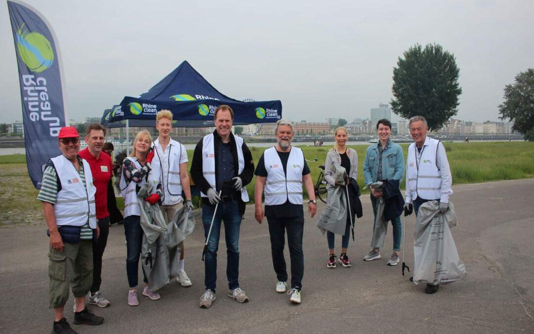 Sauberes Düsseldorf – rund 4.000 Freiwillige sammeln 30 Tonnen Unrat